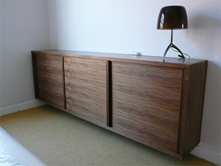 Genial Sideboard CD Storage